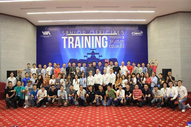 giai f1 grand prix 2020 dang trong 70 nhan su dieu hanh cap cao