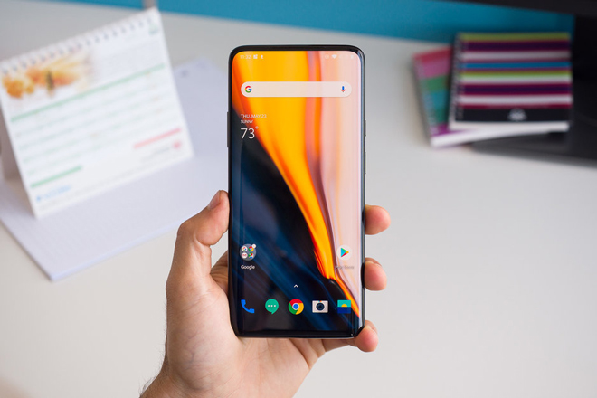 choang toan tap voi toc do lam moi man hinh tren oneplus 7 pro