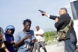 Nghị sĩ Haiti nổ súng, một phóng viên ảnh hãng AP bị trúng đạn