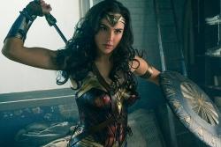 Trang phục Wonder Woman được 'săn' nhiều nhất mùa Halloween