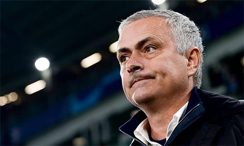 mourinho bo phot cach biet diem so truoc derby manchester