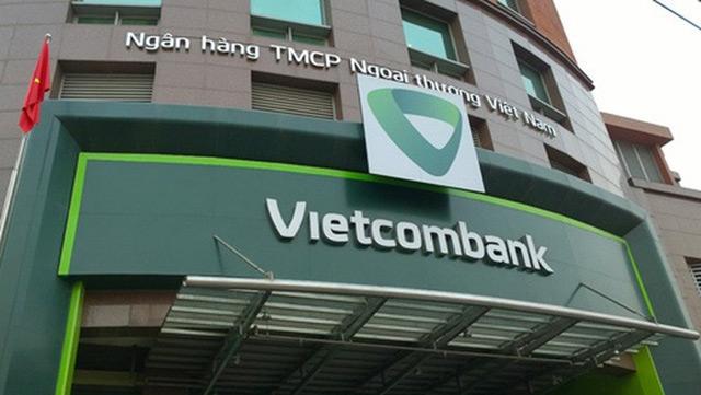 vietcombank cam ket thuong 1 ty dong cho doi tuyen viet nam neu vo dich aff suzuki cup 2018