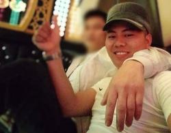 phan no canh con trai tat thang vao mat bo cu ba lang le lau nuoc mat cho chong