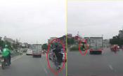 Công an xác minh 2 thanh niên đi xe máy bốc đầu bị xe tải đâm trong clip gây xôn xao mạng