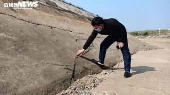 Lộ nhiều vết nứt dài sau sự cố vỡ kênh 4.300 tỷ đồng ở Thanh Hóa