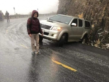 Cảnh báo nguy cơ tai nạn giao thông do băng tuyết