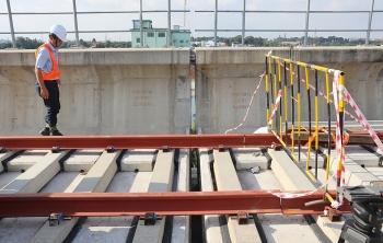 Thêm gối dầm cầu Metro Số 1 bị sự cố