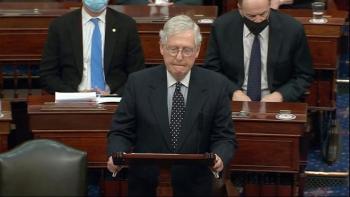 Thượng viện Mỹ lên lộ trình kép: Luận tội Trump và thông qua nội các của Biden