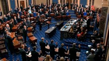 Thượng nghị sĩ Mỹ tranh cãi gay gắt tính hợp pháp phiên tòa luận tội Trump