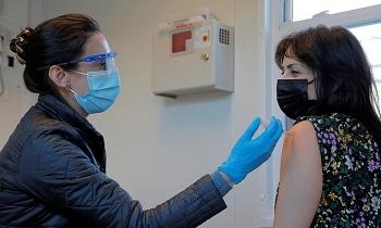 Vì sao Mỹ hụt hơi trong nỗ lực tiêm vaccine Covid-19?