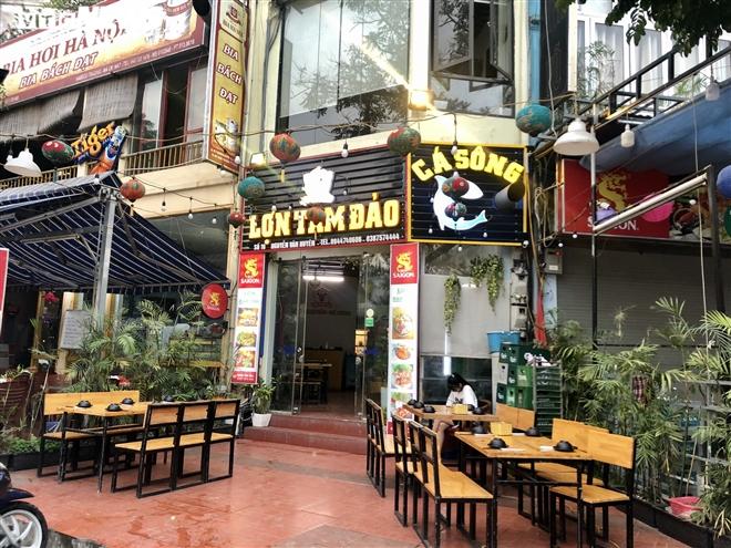 Điêu đứng giữa COVID-19, nhiều hàng quán Hà Nội đóng cửa nghỉ Tết sớm  - 4