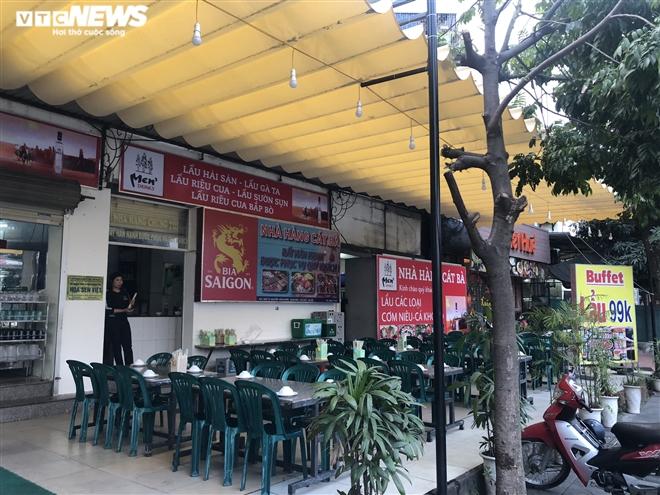 Điêu đứng giữa COVID-19, nhiều hàng quán Hà Nội đóng cửa nghỉ Tết sớm  - 9