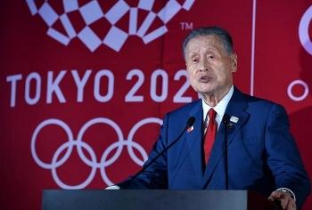 """Lãnh đạo Olympics Tokyo 2020 xin lỗi vì chê phụ nữ """"nói nhiều"""""""