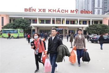 Chủ tịch Hà Nội đề nghị người dân hạn chế đi lại dịp Tết, hàng quán giãn cách 2m