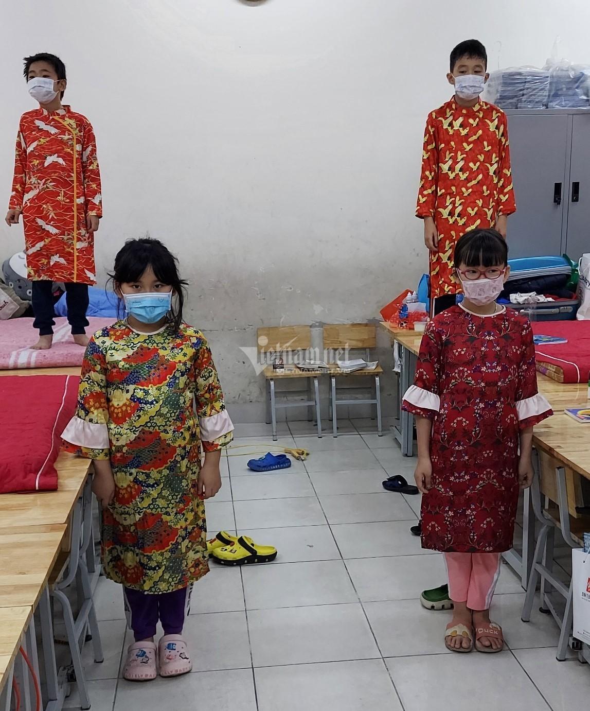 Học sinh tiểu học Hà Nội cùng nhau đón Tết sớm trong khu cách ly - 4