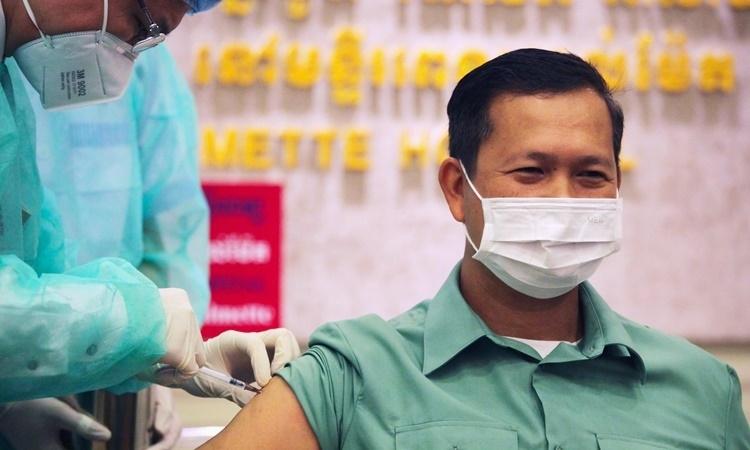 campuchia trien khai tiem vaccine covid 19
