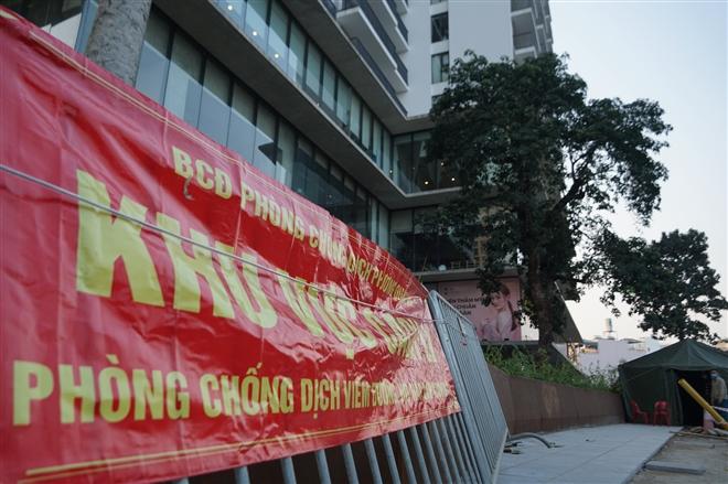 Ảnh: Cách ly khách sạn nơi bệnh nhân Nhật Bản dương tính SARS-CoV-2 thiệt mạng - 4