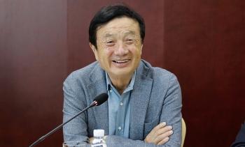 """CEO Huawei: """"Chúng tôi sẽ không bao giờ bán mảng thiết bị"""""""
