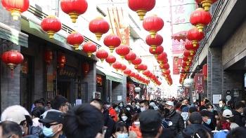 Hàng triệu khách du lịch Bắc Kinh bất chấp đại dịch