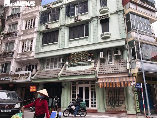 Hàng quán phố cổ Hà Nội nghỉ Tết kéo dài, khách sạn rao bán la liệt bằng tờ rơi - 8