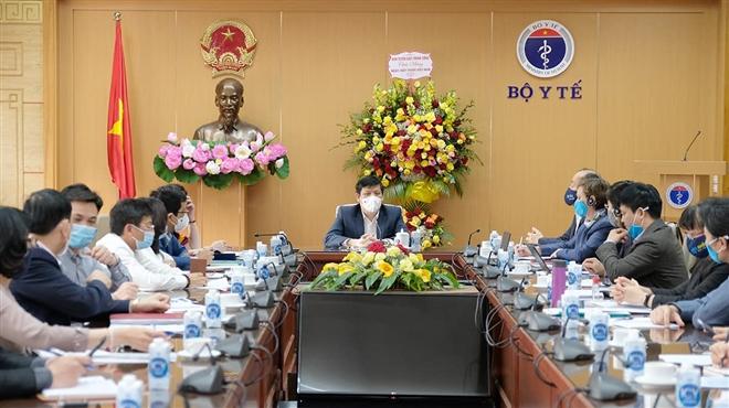chuyen gia khong vaccine nao dam bao 100 an toan ke ca voi vaccine covid 19