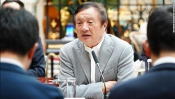 Chủ tịch Huawei chỉ trích cách đối xử hung dữ với các công ty nước ngoài của Mỹ