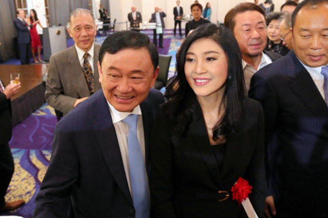 cong to vien thai khong du giay to de dan do thaksin tu hong kong