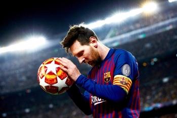 Lionel Messi: Nạn nhân của cuộc chiến quyền lực rung chuyển Barca