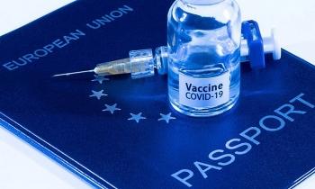 Những nước thắp hy vọng bằng hộ chiếu vaccine Covid-19