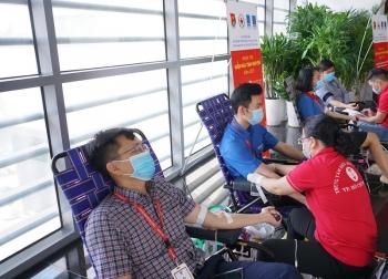 """Ngày hội Hiến máu nhân đạo """"Nhiệt huyết người Dầu khí"""" tại PV GAS"""