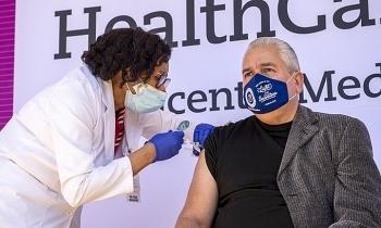 Loạt nghị sĩ Cộng hòa quyết không tiêm vaccine Covid-19