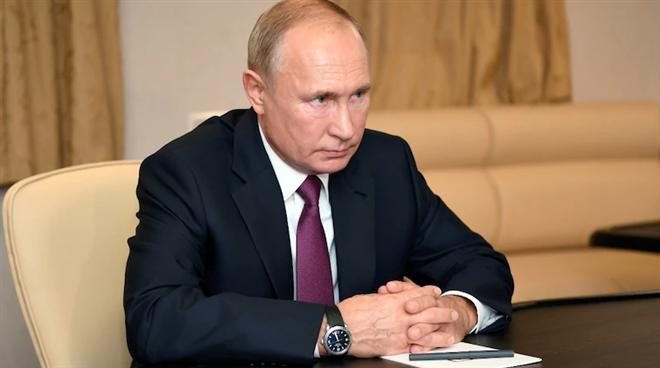 """Tổng thống Biden nói ông Putin """"phải trả giá"""", Nga gọi đại sứ về nước"""