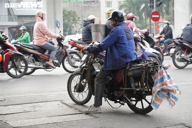Ảnh: Xe 'thây ma' lộng hành ở Hà Nội đe doạ người dân, ngang nhiên qua mặt CSGT - 5