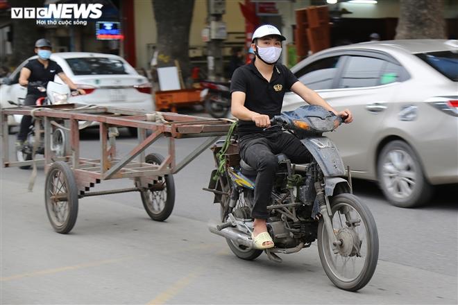 Ảnh: Xe 'thây ma' lộng hành ở Hà Nội đe doạ người dân, ngang nhiên qua mặt CSGT - 17