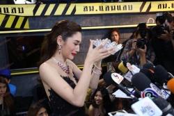 nguoi dep tung bi tuoc vuong mien dang quang hoa hau trai dat thai lan 2019