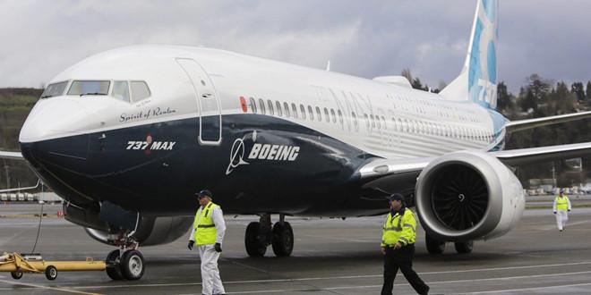 nhan trach nhiem vu may bay roi boeing giam san luong 737 max