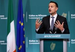 Thủ tướng Ireland trở lại làm bác sĩ để chống dịch COVID-19