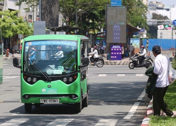 TP HCM được tự quyết định thí điểm buýt điện
