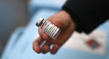 EU không thống nhất được cách sử dụng vaccine AstraZeneca