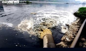 Sông Cầu trở thành nguồn đầu độc kinh hoàng: Ai cứu được sông?