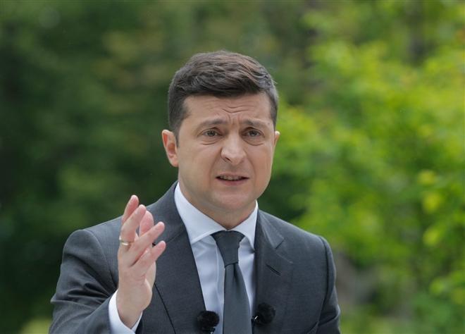 Tổng thống Ukraine tuyên bố sẵn sàng chiến tranh với Nga