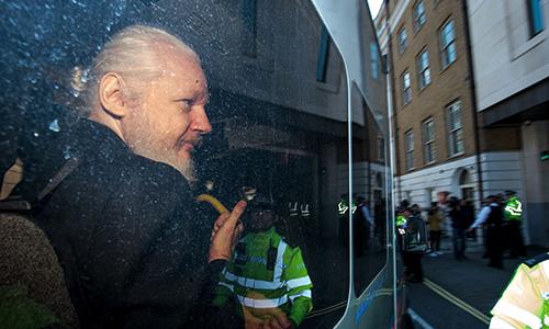 ong chu wikileaks co the biet truoc ve viec bi bat o anh