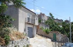 500 ngôi nhà được rao bán với giá chỉ 1 euro mỗi căn tại Italy