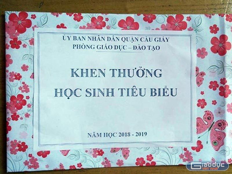 thuong hoc sinh gioi chi bang to giay truong phong gddt cau giay viet thu xin loi