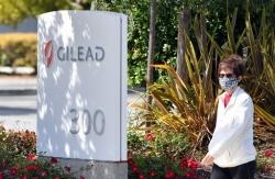 Thuốc remdesivir điều trị COVID-19 đạt thỏa thuận sản xuất toàn cầu