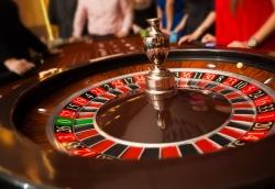 """Đề xuất """"cởi trói"""" casino để phát triển du lịch"""