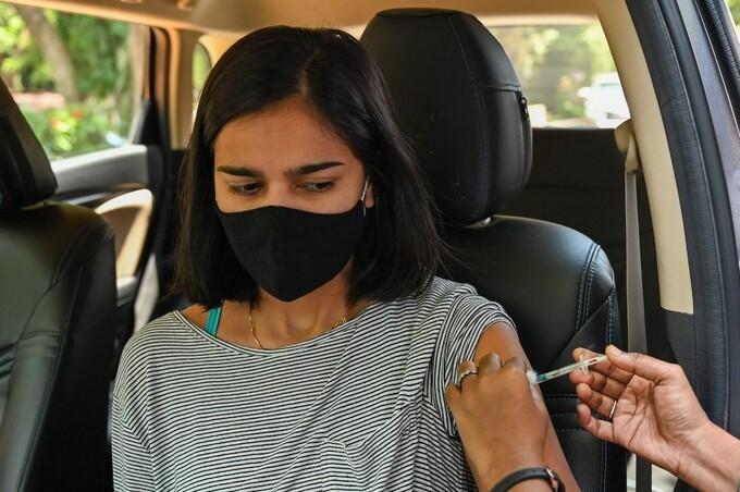 4 nước tiêm chủng hàng đầu có tỷ lệ nhiễm nCoV cao hơn Ấn Độ