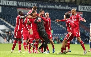 """Thủ môn Liverpool: """"Chúa đã chọn tôi ghi bàn"""""""