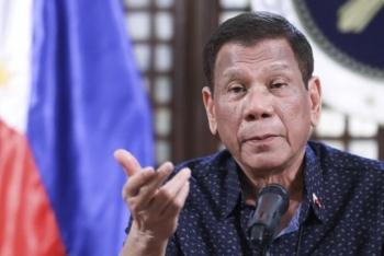 Tổng thống Philippines xin người dân đừng khăng khăng chỉ tiêm vaccine Pfizer