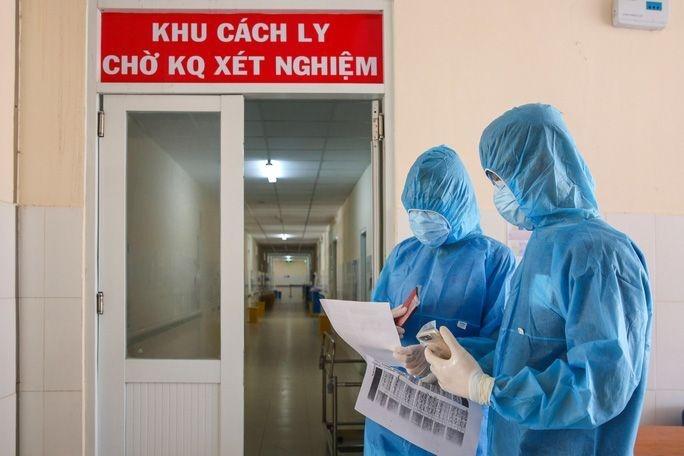Một phụ nữ bán rau ở Hà Nội dương tính SARS-CoV-2 chưa rõ nguồn lây
